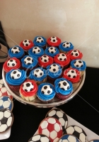 soccer-cup-cakes