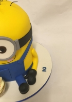 Minion with 1 cupcake cake by Cake Boys in Alberton Johannesburg 3