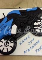 2d-motor-bike-cake