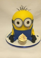 Minion with 1 cupcake cake by Cake Boys in Alberton Johannesburg 1
