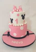 Minnies bow cake for a 1 year old girl by Cake Boys in Alberton Johannesburg 1