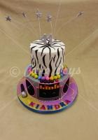 2-tier-music-cake