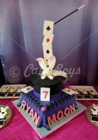 magic-rabbit-in-the-hat-cake