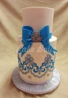 blue-springtime-cake