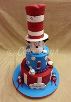 cat-in-the-hat-2-cake