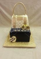 gucci-handbag-cake