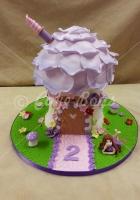 mushroom-house-cake